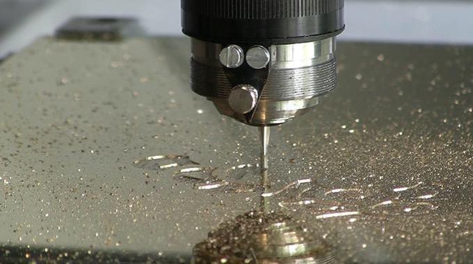 Gravographellas-Χάραξη σε μέταλλο